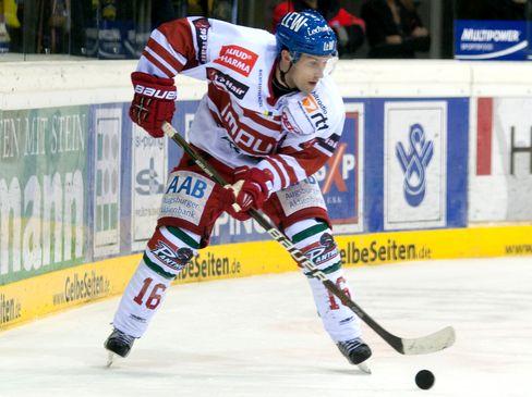 Brian Roloff bleibt ein  Panther - © by Eishockey-Magazin (OM)