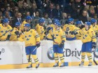 Insgesamt fnf Finaltreffer konnten die Tre Kronors bejubeln -  by Eishockey-Magazin (JS)