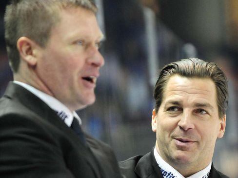 Cheftrainer Niklas Sundblad (links) und der neue Co-Trainer Petri Liimatainen - © by ISPFD (sportfotocenter.de)