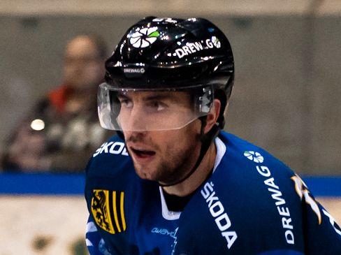 David Hajek fällt verletzt aus - © by Eishockey-Magazin (RK)