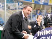 Eislöwen-Coach Thomas Popiesch - © by Eishockey-Magazin
