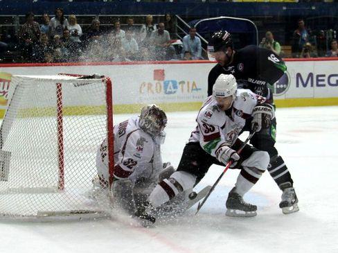 Rigas Keeper Mikael Tellqvist - © by Eishockey-Magazin (VC)