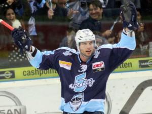Kevin Schmidt bleibt in Hamburg - © by Eishockey-Magazin (RH)