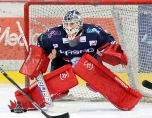 Berlins Goalie Ilya Sharipov ließ keinen Treffer zu – © by Eishockey-Magazin (DR)