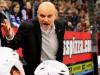 Benoit Laporte, in dieser Szene aufgebrachter Coach der Freezers - © by Eishockey-Magazin (RH)