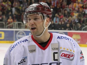 Zurück in der DEL: Richie Regehr - © by Eishockey-Magazin (DR)