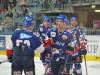 Die Adler bejubeln Kai Hosplet (vorne rechts) - © by Eishockey-Magazin (GK)