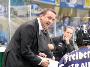 Thomas Popiesch, Trainer der Eislöwen - © by Eishockey-Magauin
