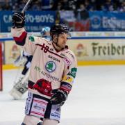 3:2-Sieg gegen die DEB-U20-Auswahl – Andreas Pauli markiert Siegtreffer