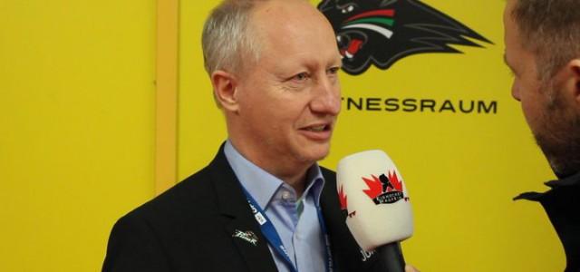 Die Beobachterrolle im Hintergrund und immer ein offenes Ohr: Augsburgs Mentaltrainer Ulf Wallisch