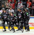 Haie holen Colby Genoway und Talent Christoph Eckl