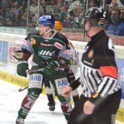 Augsburger Panther binden zwei weitere Stammkräfte