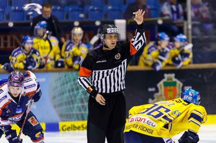 Schiedsrichter Jens Steinecke - © by Eh.-Mag. (SD)