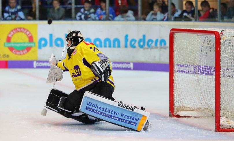 Patrick Klein DEL: Iserlohn Rooster vs. Krefeld Pinguine Copyright: Jan Brueggemann, Eishockey Magazin