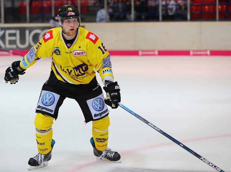 Martin Mess DEL: Iserlohn Rooster vs. Krefeld Pinguine Copyright: Jan Brueggemann, Eishockey Magazin