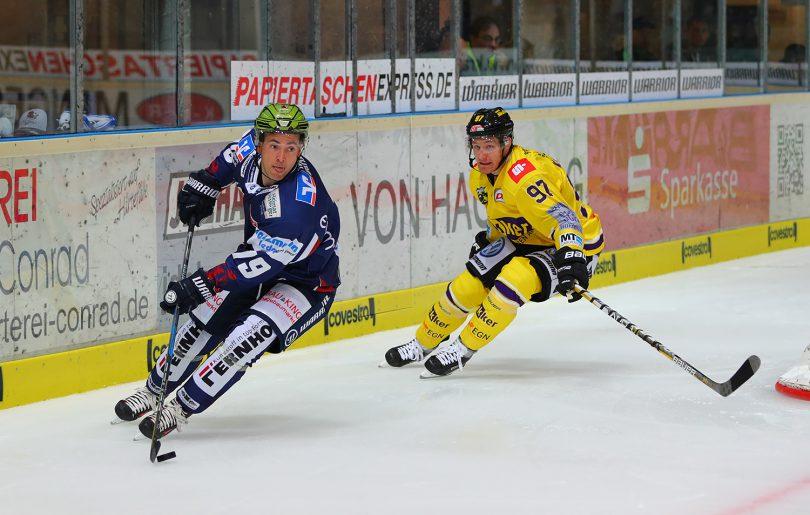 DEL: Iserlohn Rooster vs. Krefeld Pinguine Copyright: Jan Brueggemann, Eishockey Magazin