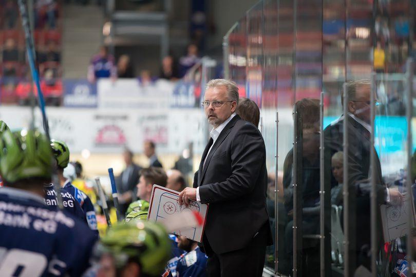 Jari Pasanen DEL: Iserlohn Rooster vs. Krefeld Pinguine Copyright: Jan Brueggemann, Eishockey Magazin