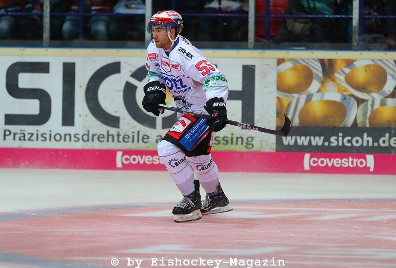 Tim Bender DEL: Iserlohn Rooster vs. Schwenninger Wild Wings Copyright: Jan Brueggemann, Eishockey Magazin