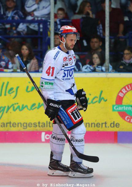 Will Acton DEL: Iserlohn Rooster vs. Schwenninger Wild Wings Copyright: Jan Brueggemann, Eishockey Magazin