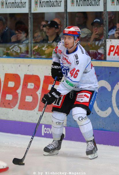 Jussi Timonen DEL: Iserlohn Rooster vs. Schwenninger Wild Wings Copyright: Jan Brueggemann, Eishockey Magazin