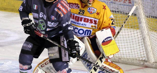 Alps Hockey League, Playoff-Endspiel: Der HC Asiago entthront die Rittner Buam und freut sich über den Meistertitel