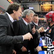 """""""Die Drittelpause"""": Ehrlichkeit und Offenheit sind auch im Eishockey kein Makel"""