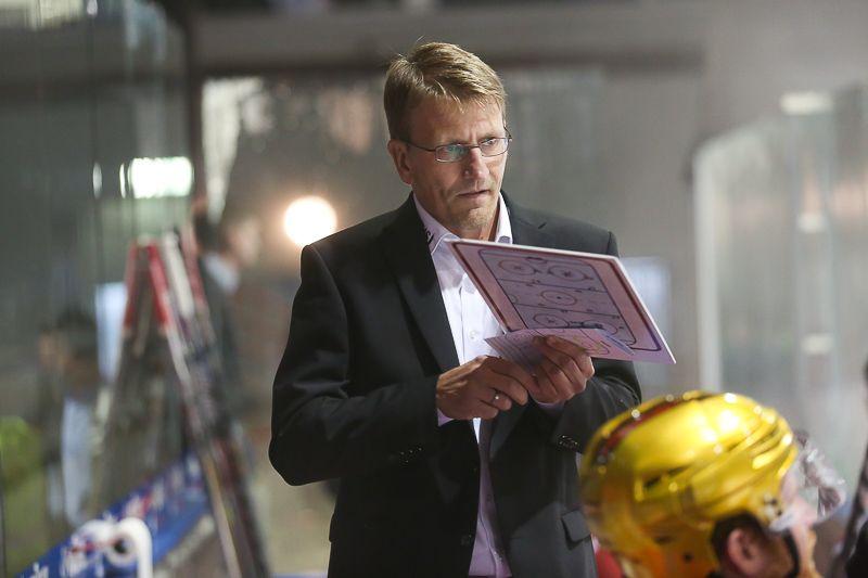 Petri Kujala (Trainer Rote Teufel EC Bad Nauheim)