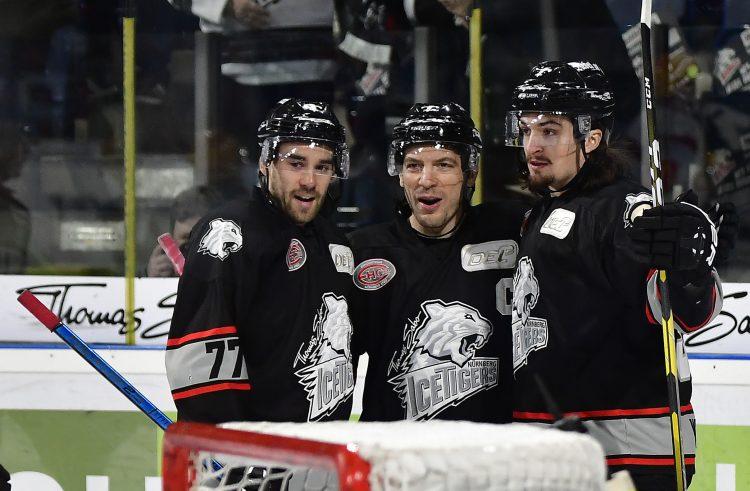 Ice Tigers feiern überzeugenden Heimsieg