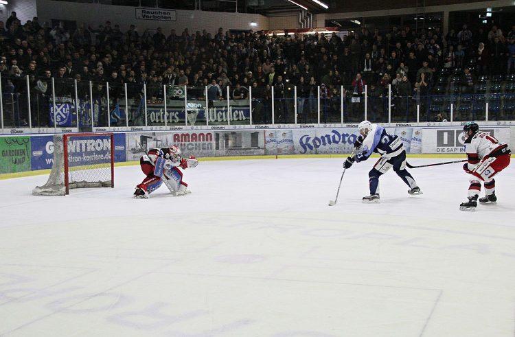 Blue Devils belohnen sich in der Overtime gegen Landshut