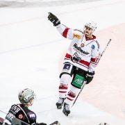 Der nächste Spieler unterschreibt für weitere zwei Jahre in Regensburg