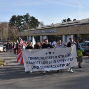 Voller Erfolg bei der Demo für die Sanierung des Eissport- und Tenniscentrum Timmendorfer Strand