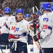 Adler Mannheim gewinnen auch in Nürnberg