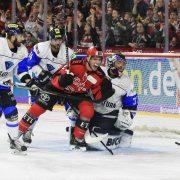 Kölner Haie beißen sich in die Serie zurück