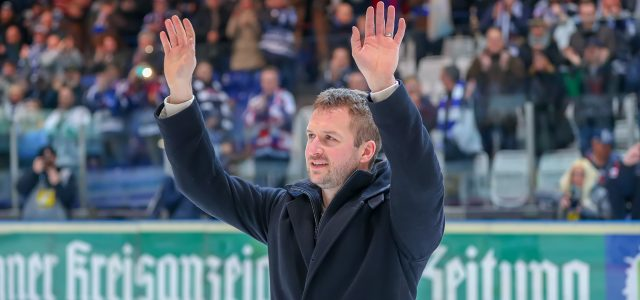 Mathias Lange sagt dem aktiven Hockey Servus