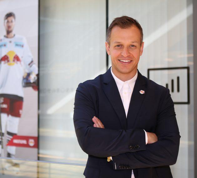 """EC Red Bull Salzburg Head Coach Matt McIlvane im Gespräch: """"Man muss sich zum Ziel setzen, sich immer weiter zu entwickeln und zu gewinnen!"""""""