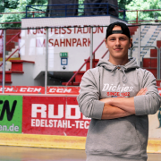 Crimmitschau: Eigengewächs rückt in den Profi-Kader