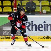 Pavel Pisarik stürmt für die Black Hawks