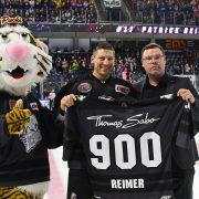 Ice Tigers bezwingen Krefeld – 900. DEL-Spiel für Patrick Reimer