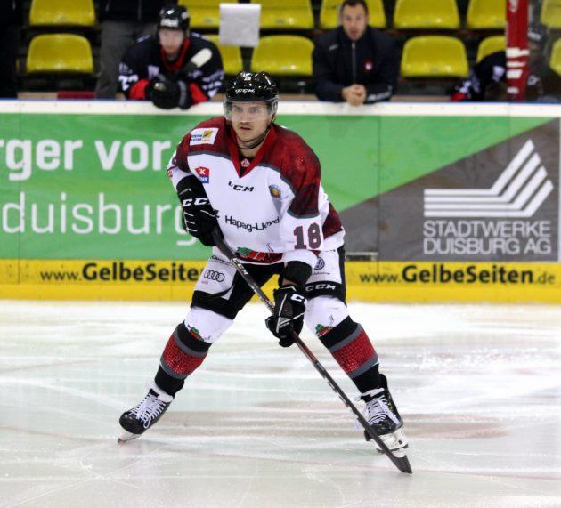 Yannis Walch verlängert seinen Vertrag an der Elbe