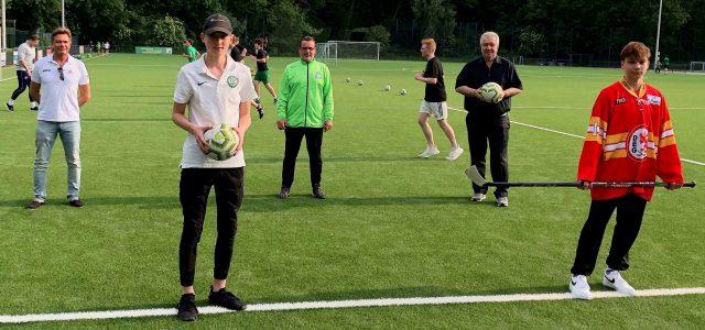 Düsseldorfer halten zusammen: DEG-Nachwuchs trainiert beim Lohausener SV!
