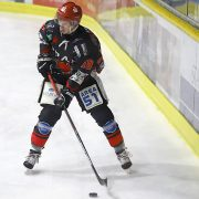 HEV: Jan-Niklas Linnenbrügger stürmt auch in der Oberliga