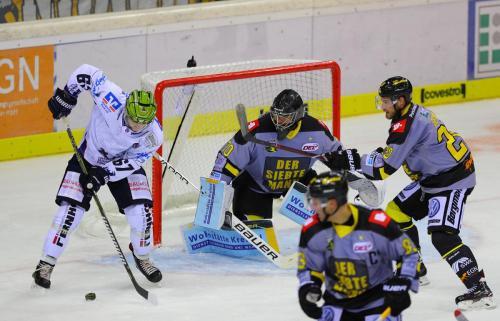 Eishockey, DEL, Iserlohn, Krefeld Pinguine vs. Iserlohn Roosters