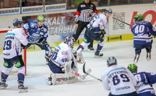Eishockey, DEL, Iserlohn, Iserlohn Roosters vs. Eisbären Berlin