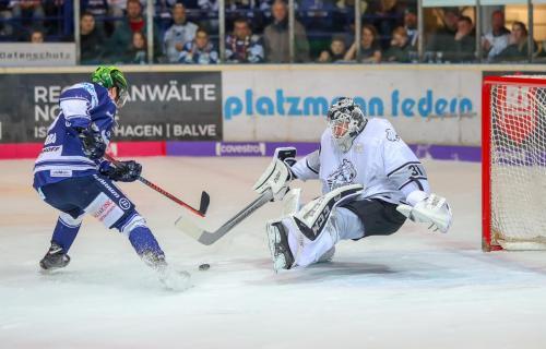 Eishockey, DEL, Iserlohn, Iserlohn Roosters vs. Nürnberg Ice Tigers